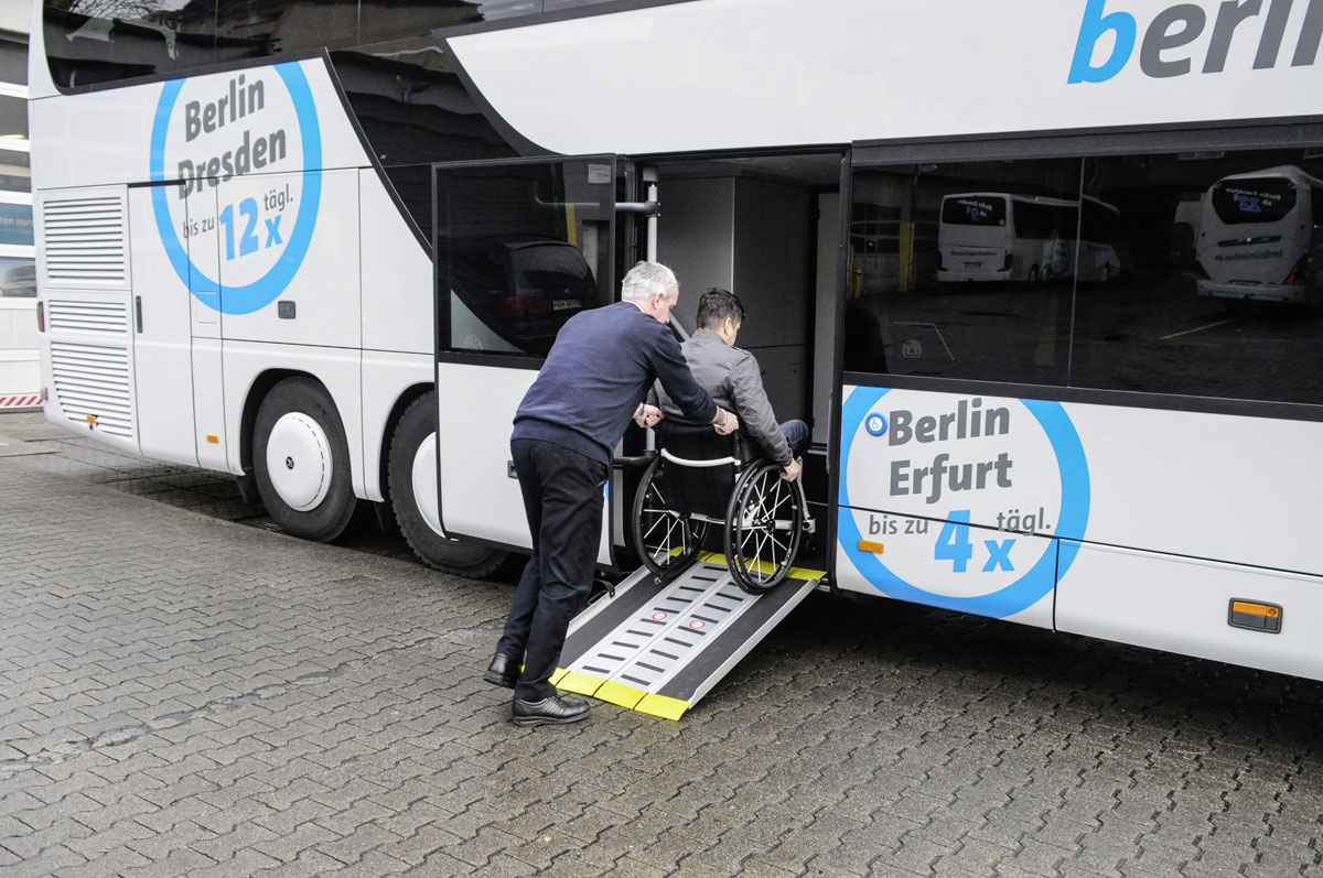 Setra S 431 DT berlinlinienbus.de wheelchair