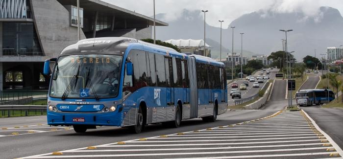 Za Rio 124 zglobna autobusa Volvo