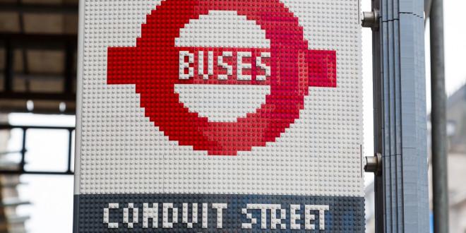 FOTO: Autobusko stajalište od LEGO kockica