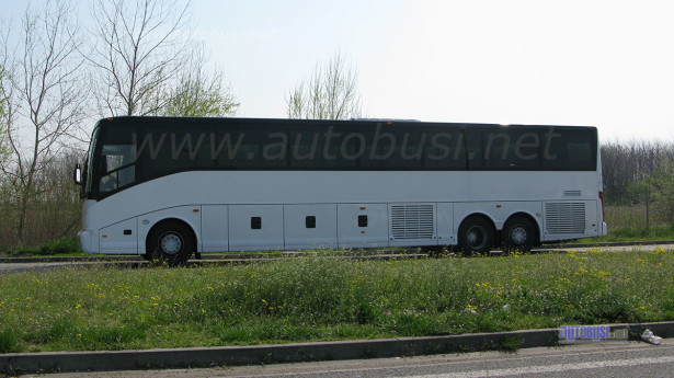 vanhool_macedonia1