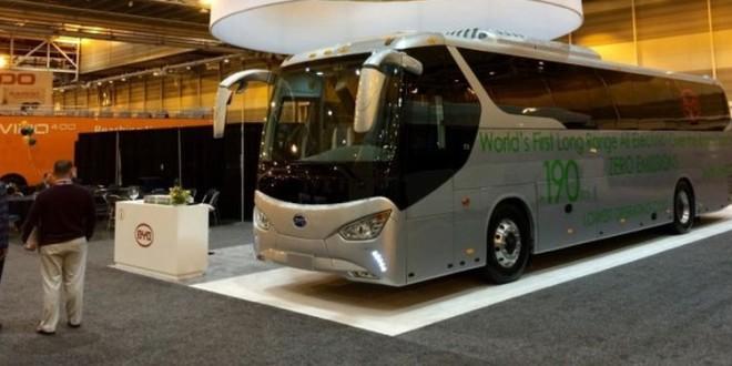 BYD predstavio prvi turistički autobus na baterije
