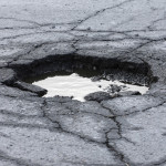 Pothole (pot hole, road damage, winter)