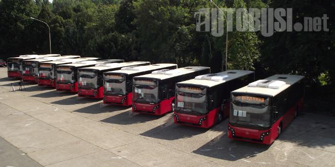 EKSKLUZIVNO: Novi crveni Ikarbus-Mercedesi za Beograd