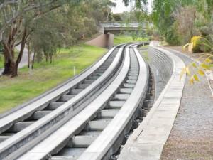 adelaide5_O-Bahn - Adelaide_(Source Flickr - Michael Coghlan)