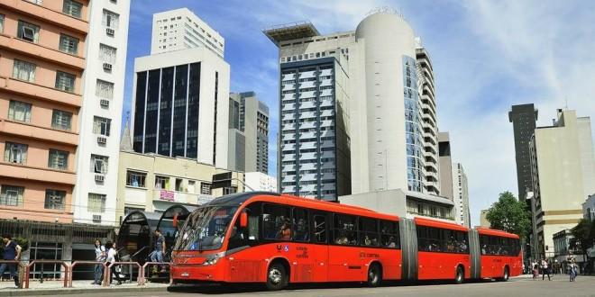 curitiba2_Rede Integrada de Transporte – Curitiba_(Source EMBARQ Brasil – Mariana Gil)