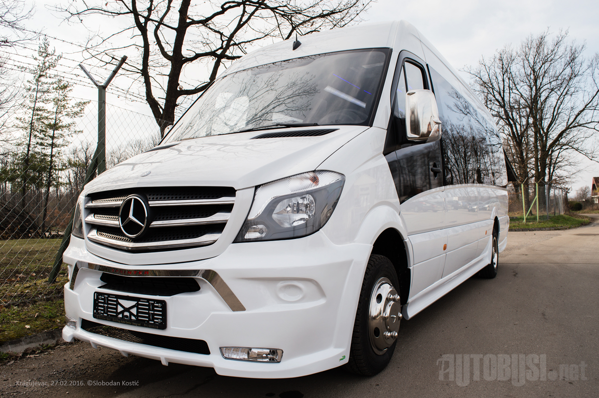 Foto i video novi sprinter iz kragujevca autobusi net for Novi mercedes benz dealership