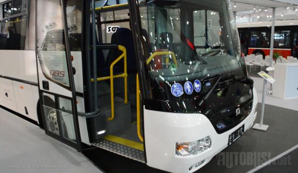 SOR CN12, niskoulazni autobus sa starijim dizajnom