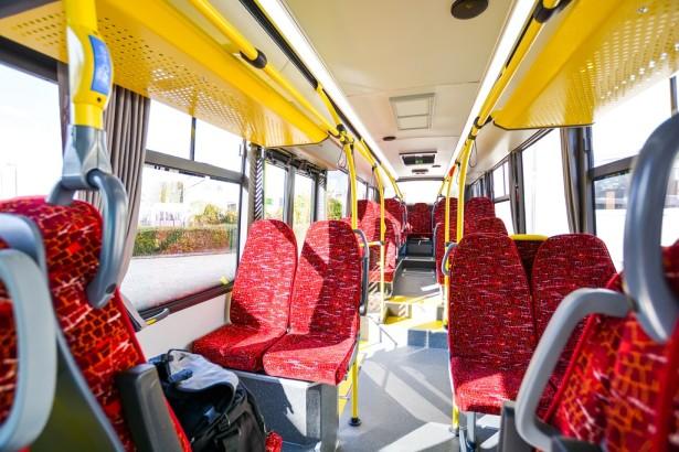 Midibus je namenjen ređe naseljenim zonama gde je dvanaestometarski autobus neisplativ.