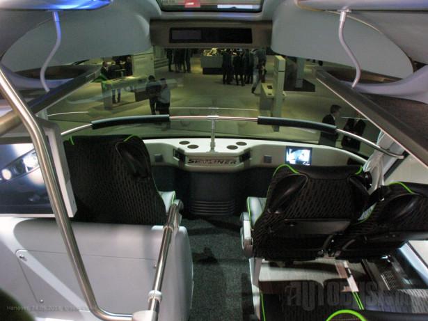 Zahvaljujući aerodinamičnoj karoseriji, do putnika dopire mala buka od vetra ©Saša Conić - Autobusi.NET