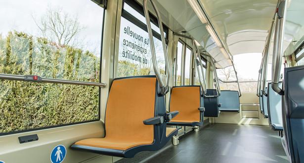 Iako je svojevrsni iskorak u autobuskoj industriji, dosta podseća na tramvaje istoimenog brenda.