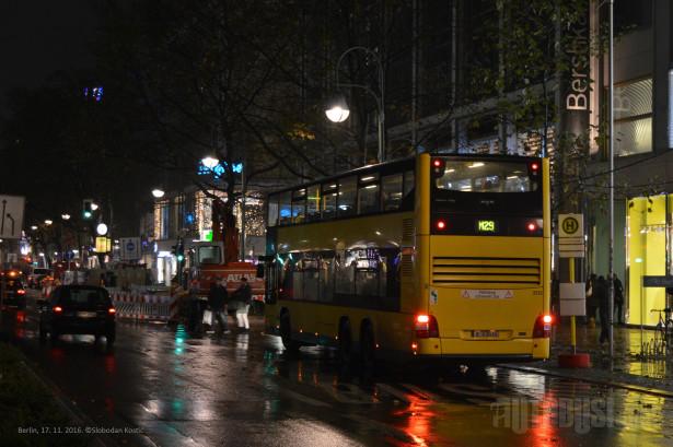 U određenim delovima grada van centra, posle 20 časova, putnici mogu da zahtevaju od vozača da im stane bilo gde. © Slobodan Kostić