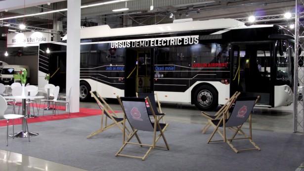 Gradski Ursus Demo Electric se koristi na aerodromu u Lublinju. © Niskopodlogowiec