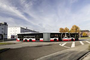 Capacity L, dužine 21 metar, trenutno je najveći u ponudi Mercedesa. © Daimler Media
