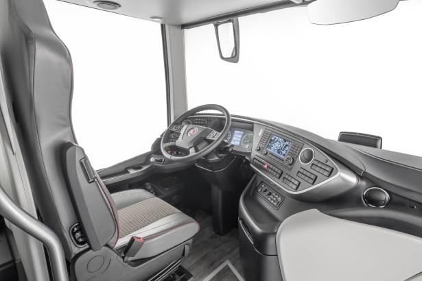 Pregledno i sigurno vozačko mesto. © Daimler Media