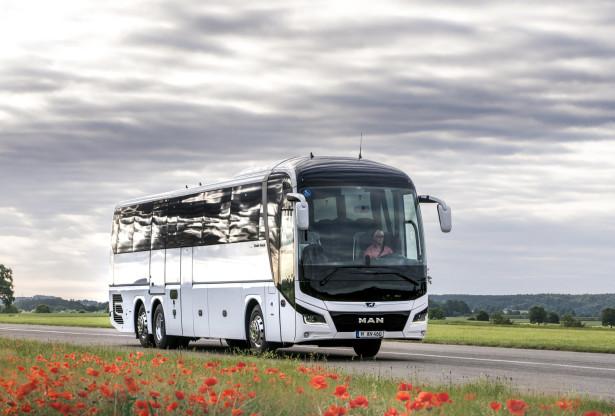 Pooštreni standard za prevrtanje autobusa odličan motiv za uvođenje potpuno novih modela. © MAN Truck & Bus