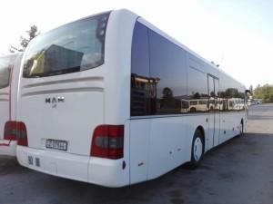 Autobus sa dvokrilnim vratima ispunjava EEV normu izduvnih gasova. © Srđan Šimičić