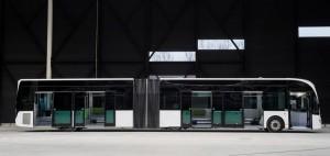 Petoro vrata i atraktivni tramvajski stil u dizajnu za gradski prevoz. © Irizar