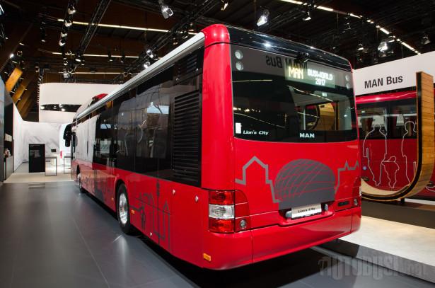 Hibridni pogon uvršten u ponudu 2010. godine.