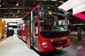 Prigradski autobus pikira na tržište školskog prevoza u Belgiji i Francuskoj.