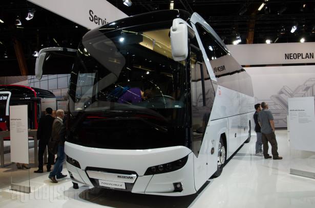 Na dve osovine Tourliner je dugačak najviše 13.103 milimetara.