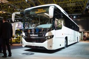 Kada se dizajn turističkog autobusa spusti na nivo prigradskog dobije se fenomenalan izgled.