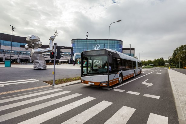 New_Solaris_Urbino_18_hybrid_4