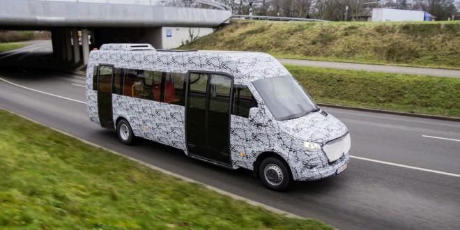 Novi Mercedes-Benz minibus