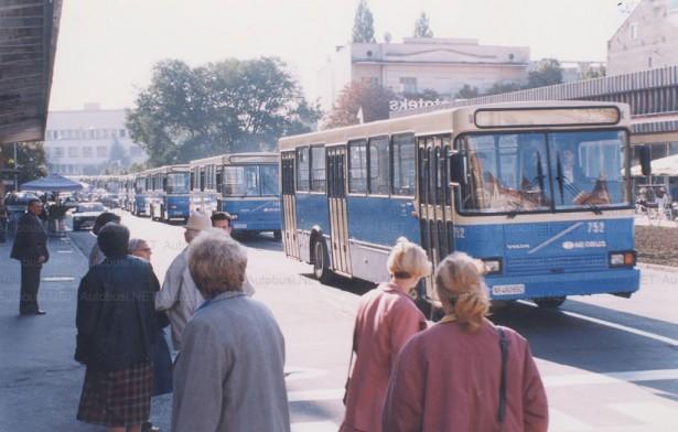 Pedeset Neobusa na Volvo šasijama po prvi put sa Voith menjačima© Arhiva JGSP, sken Autobusi.NET