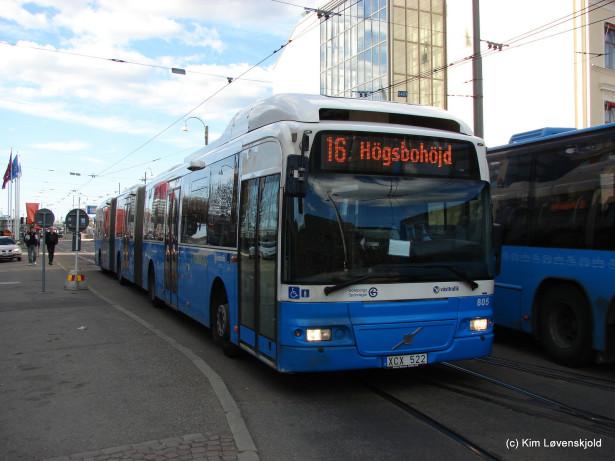 Nakon što je Van Hool zabeležio uspeh, i Volvo se okrenuo konceptu dvozglobnog autobusa. © Kim Løvenskjold