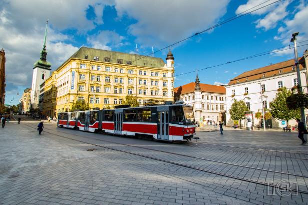 Tramvajem kroz sam centar grada? Naravno! © Slobodan Kostić