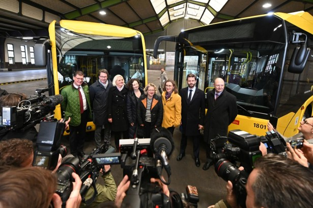 Primopredaja novih električnih autobusa za BVG © Solaris Bus & Coach