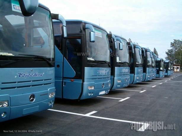 "Po privatizaciji ATP ""Vojvodina"" nabavljeno dvadeset Mercedes-Benz i Setra autobusa. © Saša Conić"