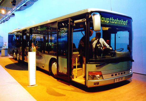 Setra S 319 NF češće viđena u gradskoj izvedbi. © Stadbus.de