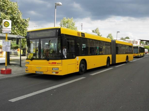 Stariji autobusi u jednobojnim kolor šemama ostavljaju utisak nedovršenog. © Bus-Bild.de