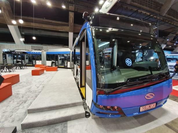 Solaris Trollino 24 metroStyle ima konfiguraciju vrata 1+2+2+2+2. Foto: Saša Conić
