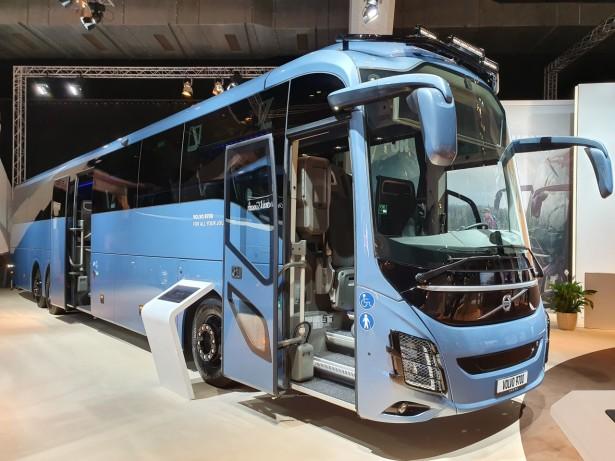 Volvo 9700 dužine 15 metara. Foto: Saša Conić