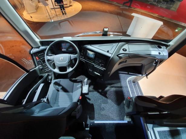 Radno mesto vozača u Volvo 9700. Foto: Saša Conić