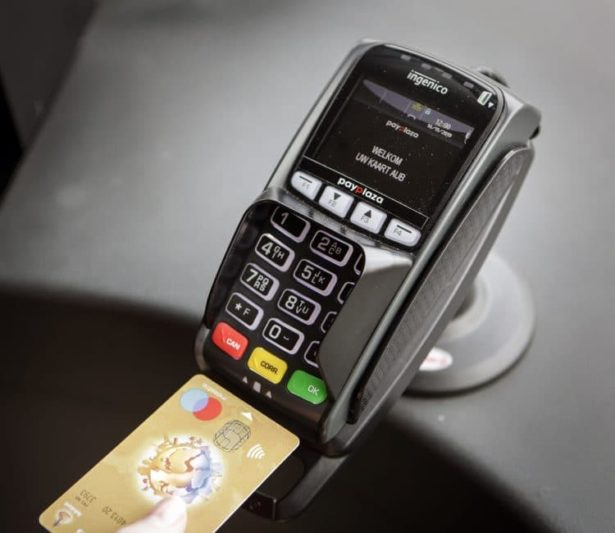 """U Holandiji putnici prevoz plaćaju """"OV"""" čip karticom ili bankovnom karticom"""